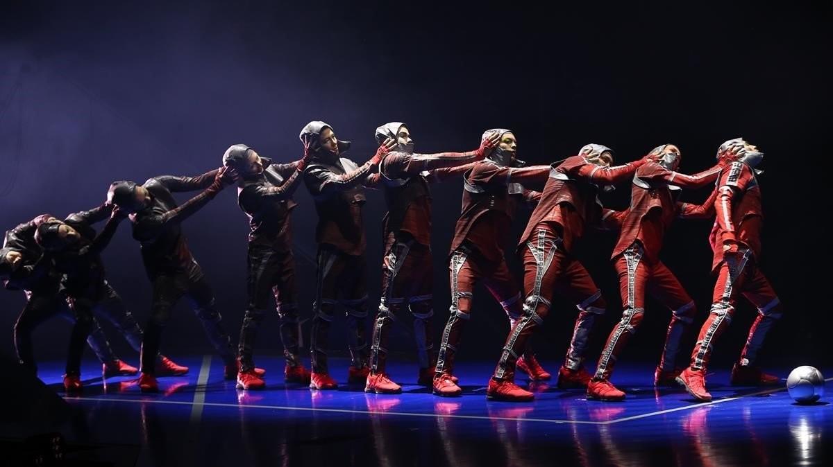 Idée de sortie à Barcelone : le spectacle de Messi10 du Cirque du Soleil