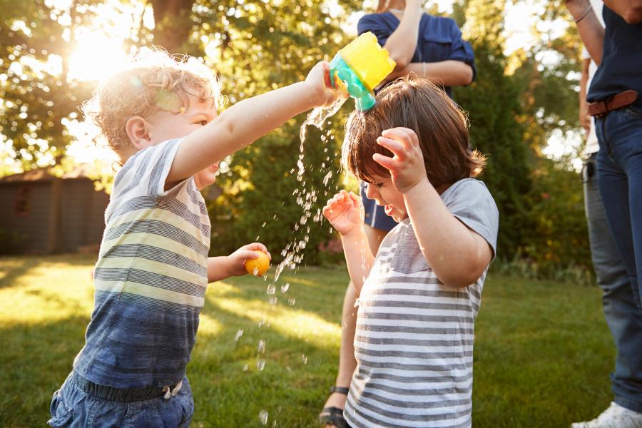 Comment occuper son enfant cet été sans vacances et centre aéré