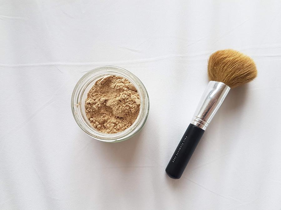 Comment faire son shampoing sec avec des ingrédients naturels