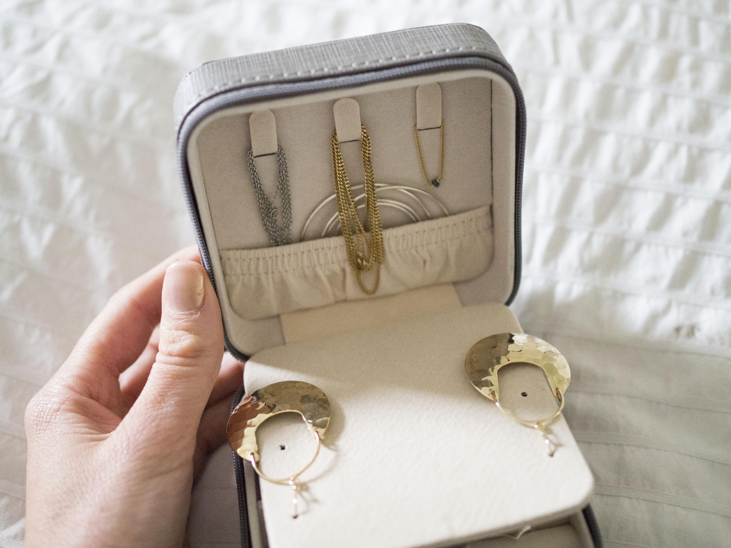 petite boite de bijoux pour voyage