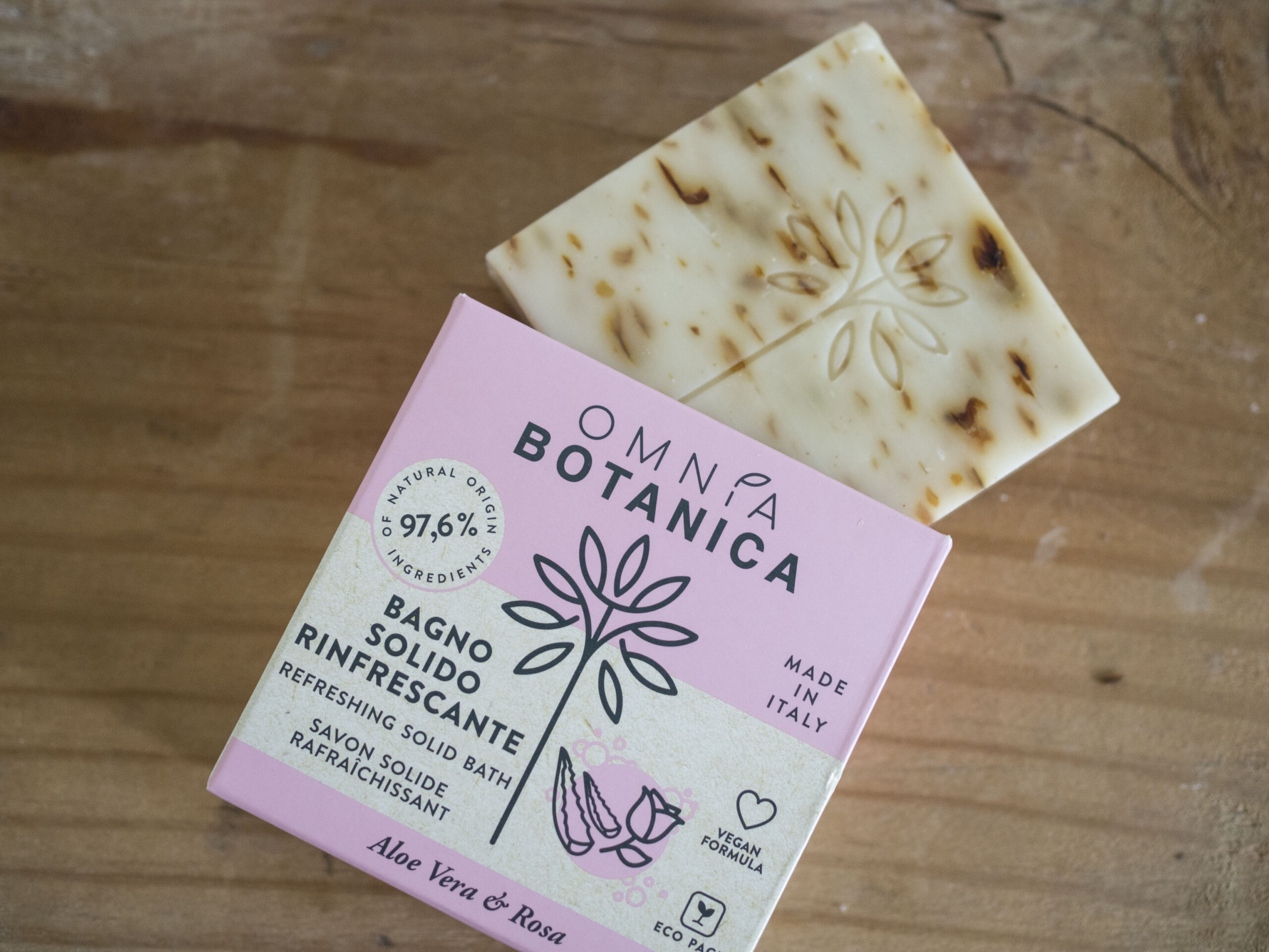savon solide Omnia Botanica