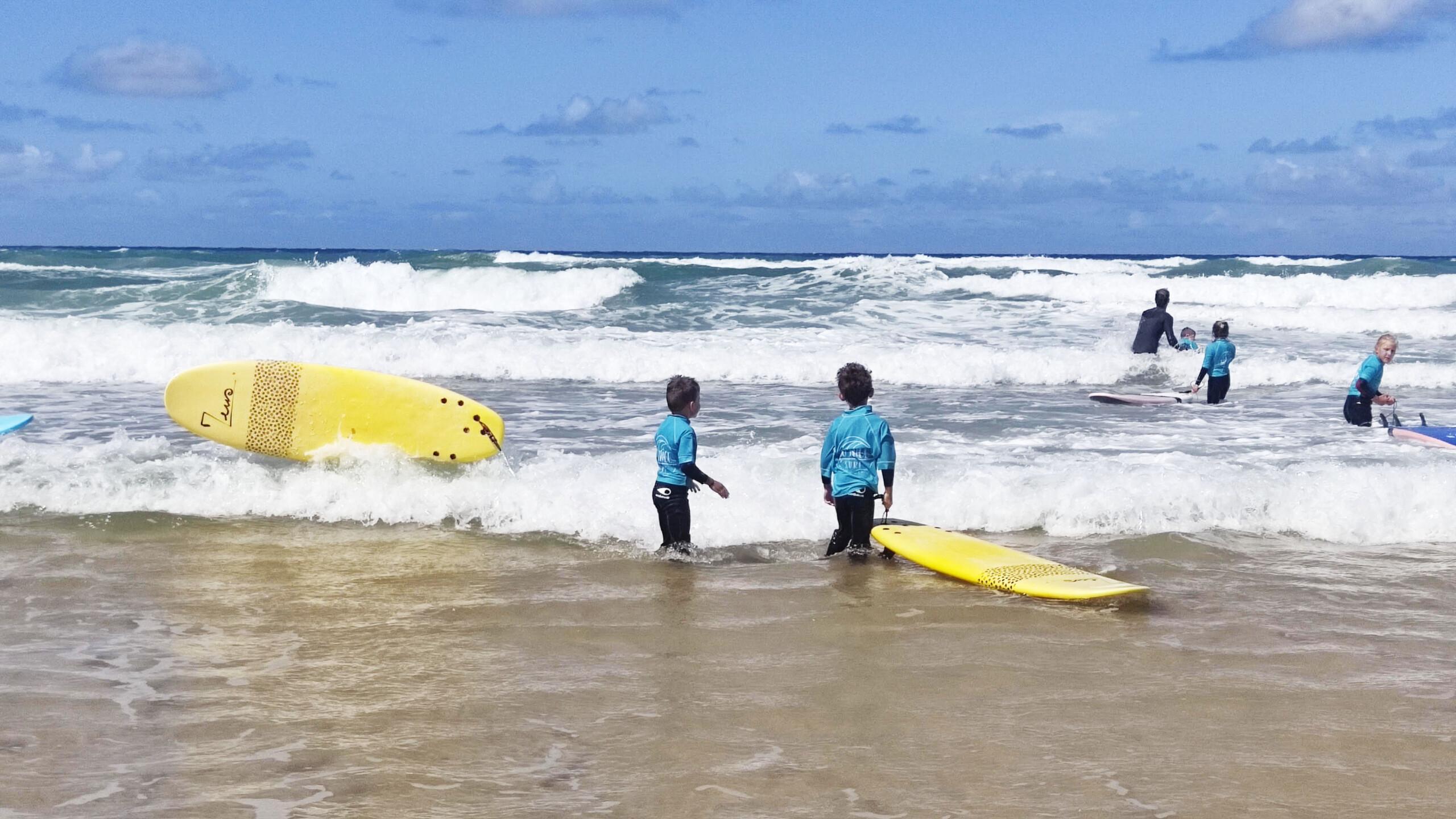 École de surf le Porge pour petits et grands !