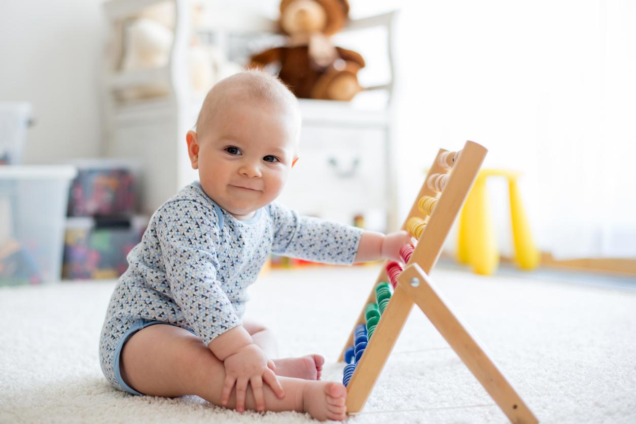 Comment améliorer la motricité de son bébé ?